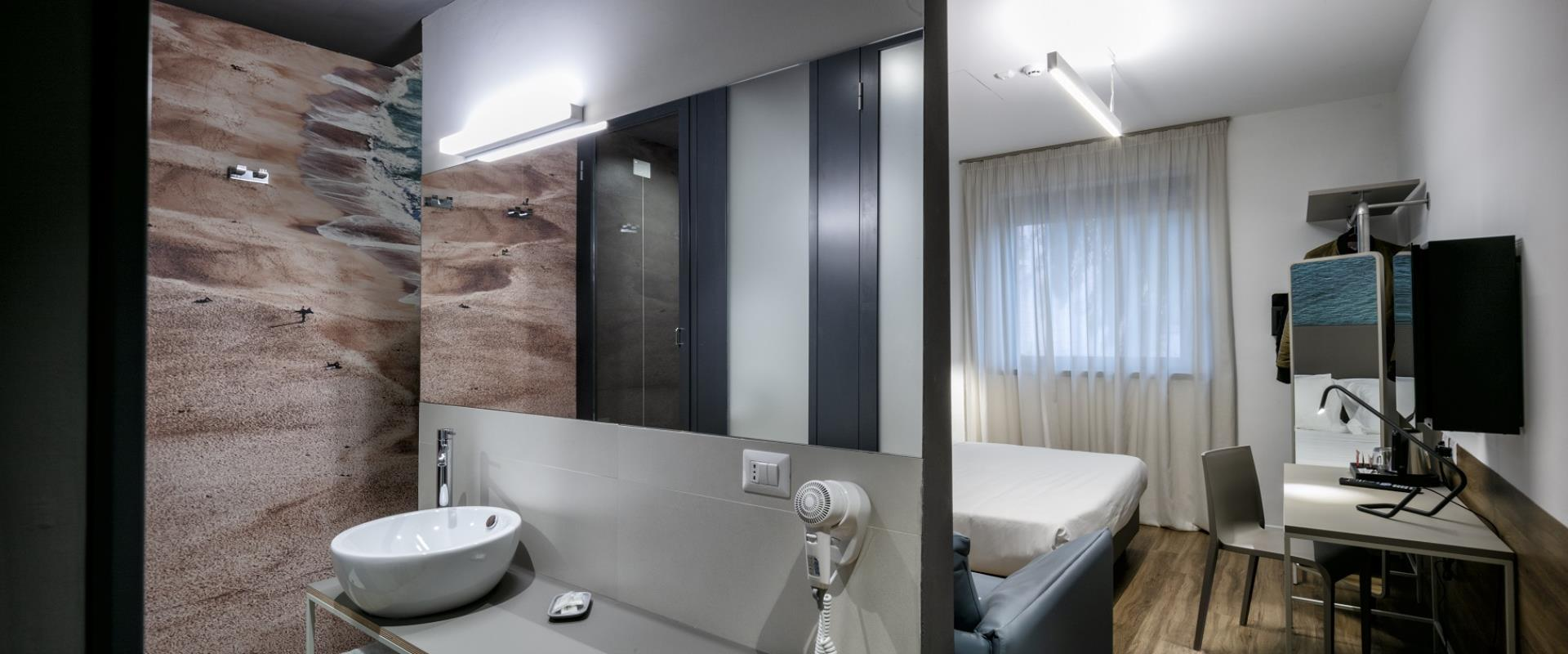 Comfortable and modern rooms in Rome Fiumicino